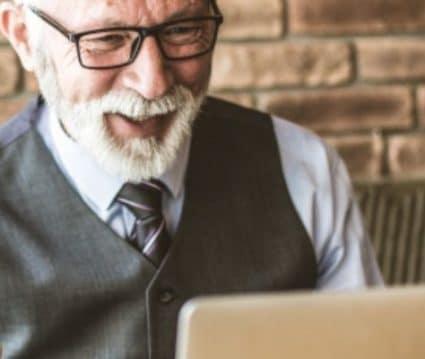 trabajos desde casa para jubilados